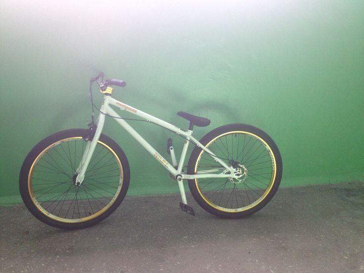 Mongoose ritual street  Уфа  Почти новый велосипед покупал в Trial sport. Почти не катался из-за травмы больше стоял, чем ездил. В магазине стоит 29т.р