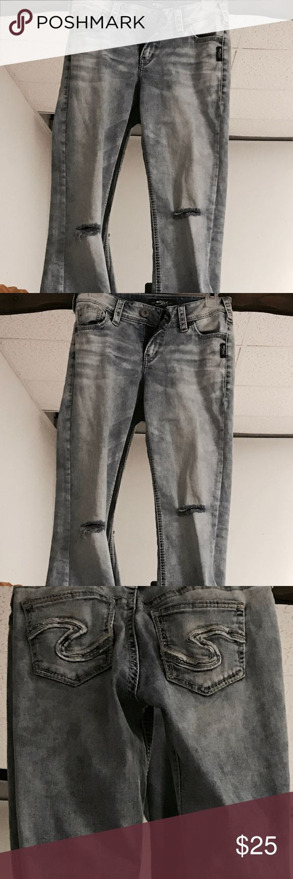 Hip Huggers Blue jeans as 7 xtra tall Silver Surf Denimnationlight blue jeans with designer pockets Size 7 xtra tall worn out look rips in both knees Jeans Flare & Wide Leg