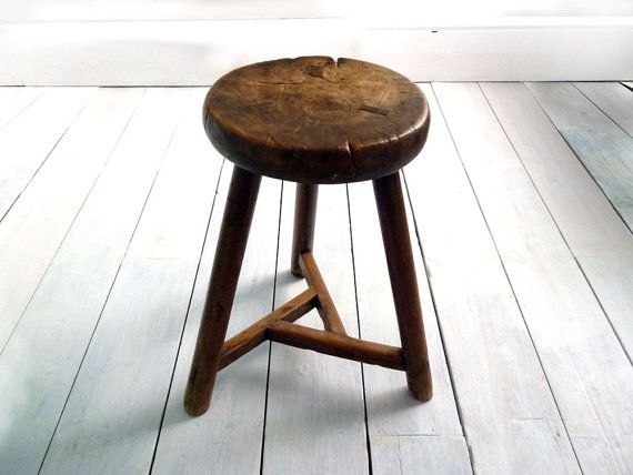 Antique Elm Stool Cricket Stool Dairy by MonsieurRenardsAttic & Best 25+ Wooden kitchen stools ideas on Pinterest | Large kitchen ... islam-shia.org