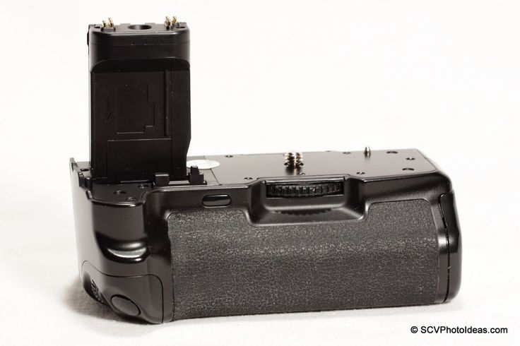 A reference page for the Canon BG-E3 Battery Grip with detailed illustrations. #canon #canonbge3 #batterygrip #canon400d #canondigitalrebelxt #reference
