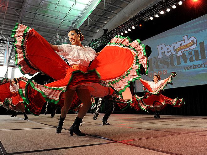 Star Tracks: Monday, October 19, 2015 | DANCE REVOLUTION | Dancers from Calpulli Mexican Dance Company perform at the Festival PEOPLE en Español presented by Verizon at the Jacob Javits Center in New York City on Saturday.