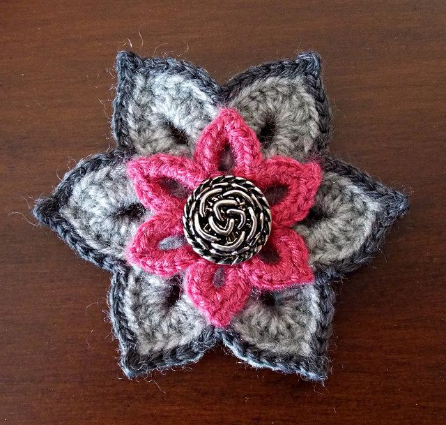 Crochet Brooch Idea by Elvira Jane | Flickr - Photo Sharing!