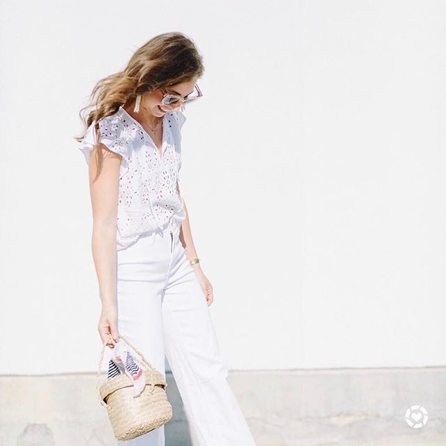 Sun's out, style's on!  Favorite summer outfit, casual outfit, minimal outfit, simple outfit, comfy outfit, summer vacation outfit, summer travel outfit, street style