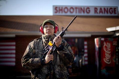 Daniel L. a acquis récemment, pour 885 euros, son Bushmaster 223, le même modèle que celui dont s'est servi le tueur de l'école de Newtown.
