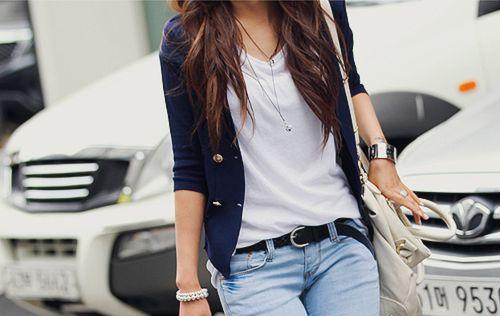 Navy blazer :) (i love navy!!)