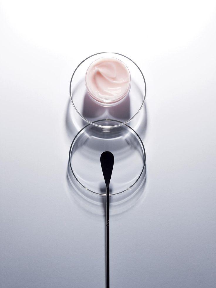 La texture des soins Dior: un art de plaire
