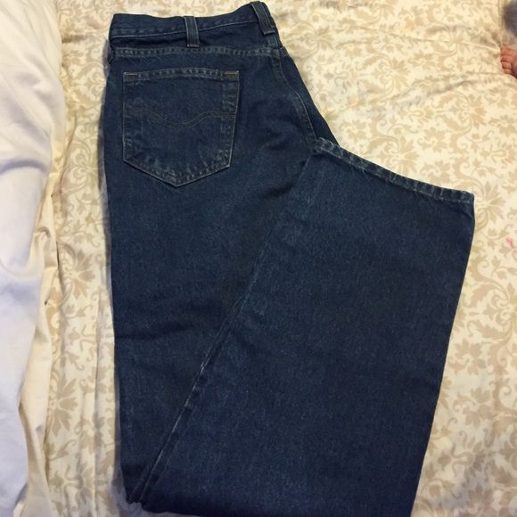 Carhart jeans Husband wore once for a wedding... They're pretty nice jeans just not his style. Carhartt Jeans