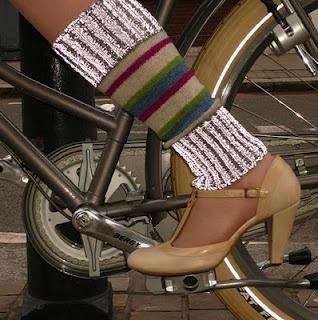Dashing Tweeds Reflective woolen legwarmers - London Cycle Chic: Cycle fashion