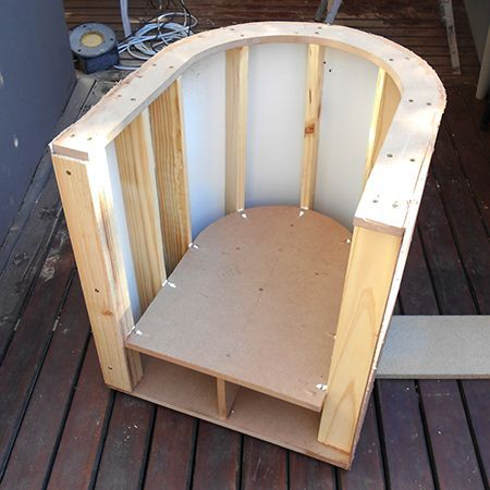 instructions how to make a DIY tub chair