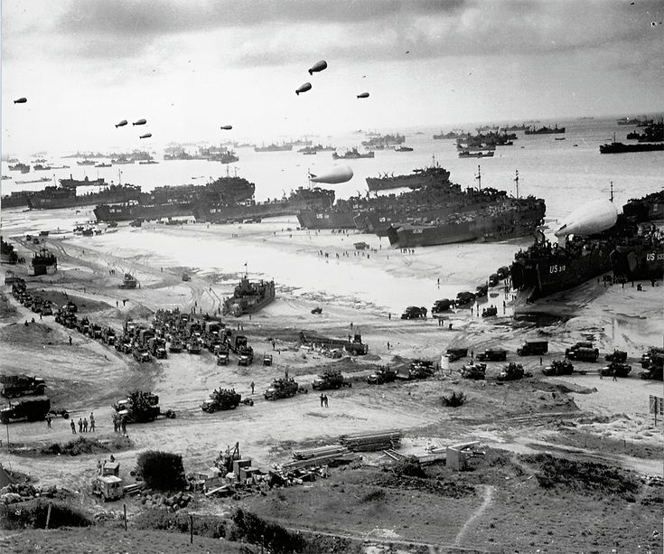 D-Day Landings Scenes in 1944 and now (Interactive)