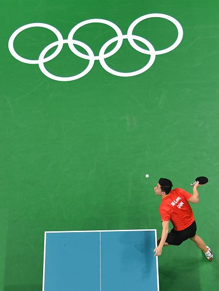 #RIO2016 This overview shows China's Ma Long serving against Nigeria's Quadri Aruna in their men's singles quarterfinal table tennis match at the Riocentro...