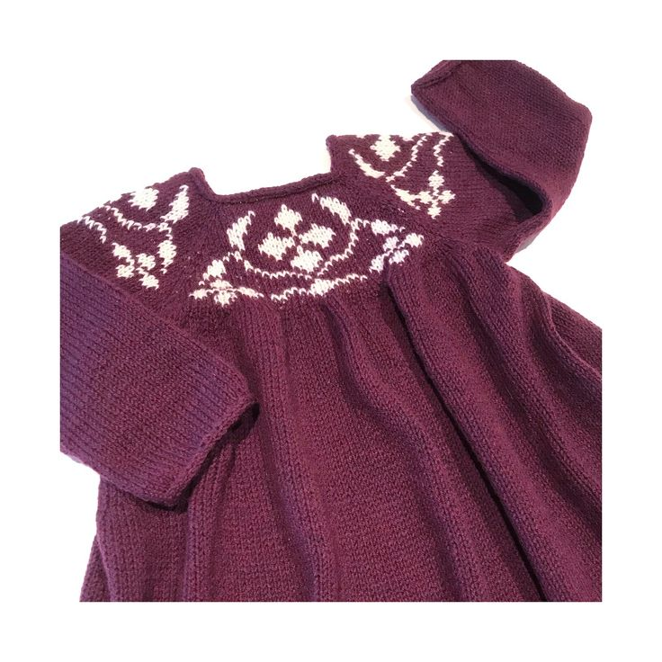 Cornelia kjole, Knitting for Olive (strikket i kfo merino Bordeaux & Kit)