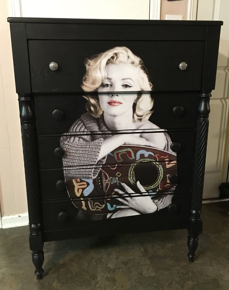 The Lovely Marilyn Monroe Decoupaged Poster To 5 Drawer