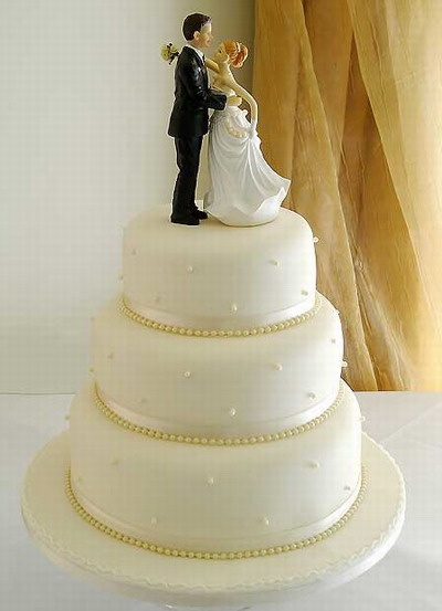 3 tier round wedding cake pictures 82 best images about wedding cakes on white 10244