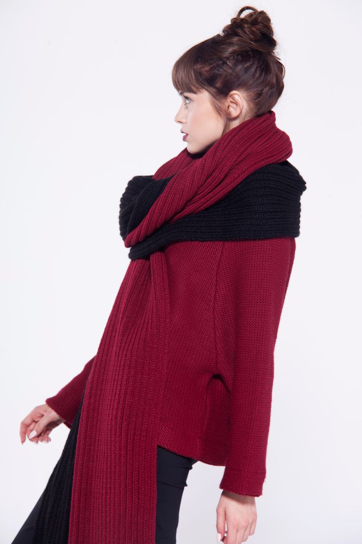 furelle #winter #fashion #totallook #claret #black #wrap #sweater