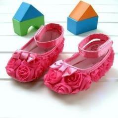 Обувь для девочек самых маленьких