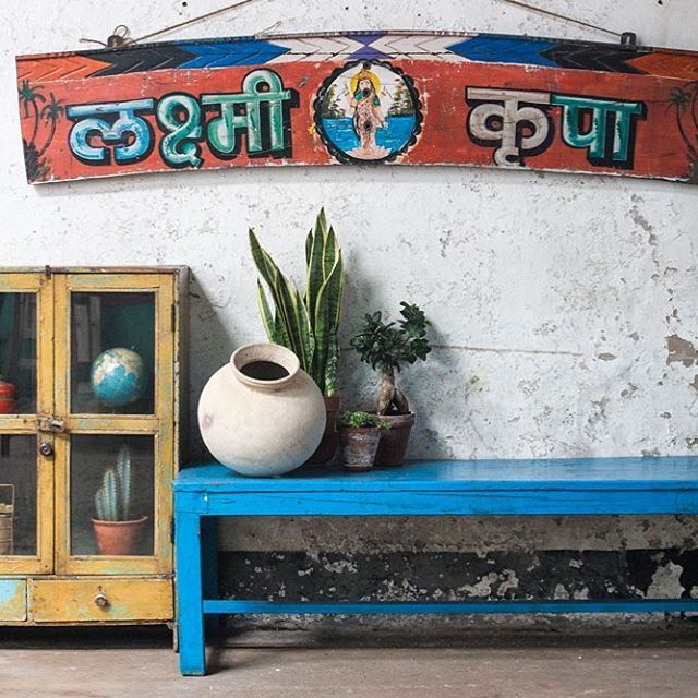 Indian Summer inspired interiors on the site. 🍁 #scaramanga #indiansummer #interiors #interiorstyle #vintageshop #vintagefinds #vintagestyle #colours #popofcolor #shabbychic #paintedfurniture
