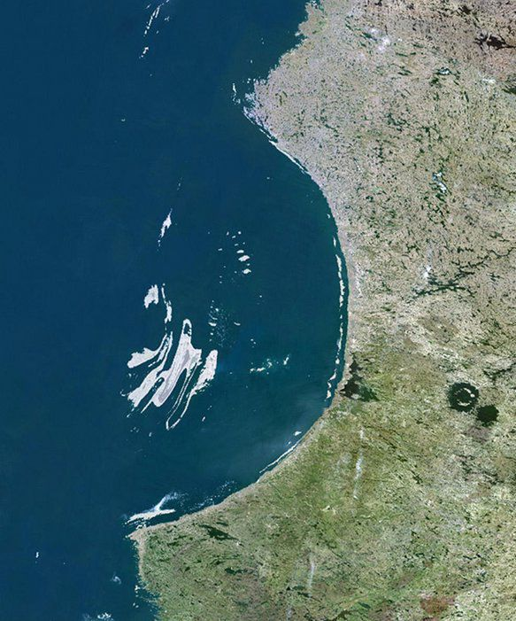 54 Best Meteorite Images On Pinterest: 17 Best Images About GEO: Craters On Pinterest