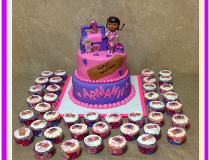 Dr. Mcstuffins Birthday cake and cupcakes
