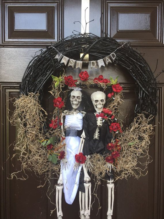 Skeleton Halloween wreath Halloween wedding by SassySouthernThings
