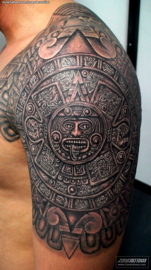 Tatuaje Aztecas. Aztec armored shoulder tattoo. This would take forever!