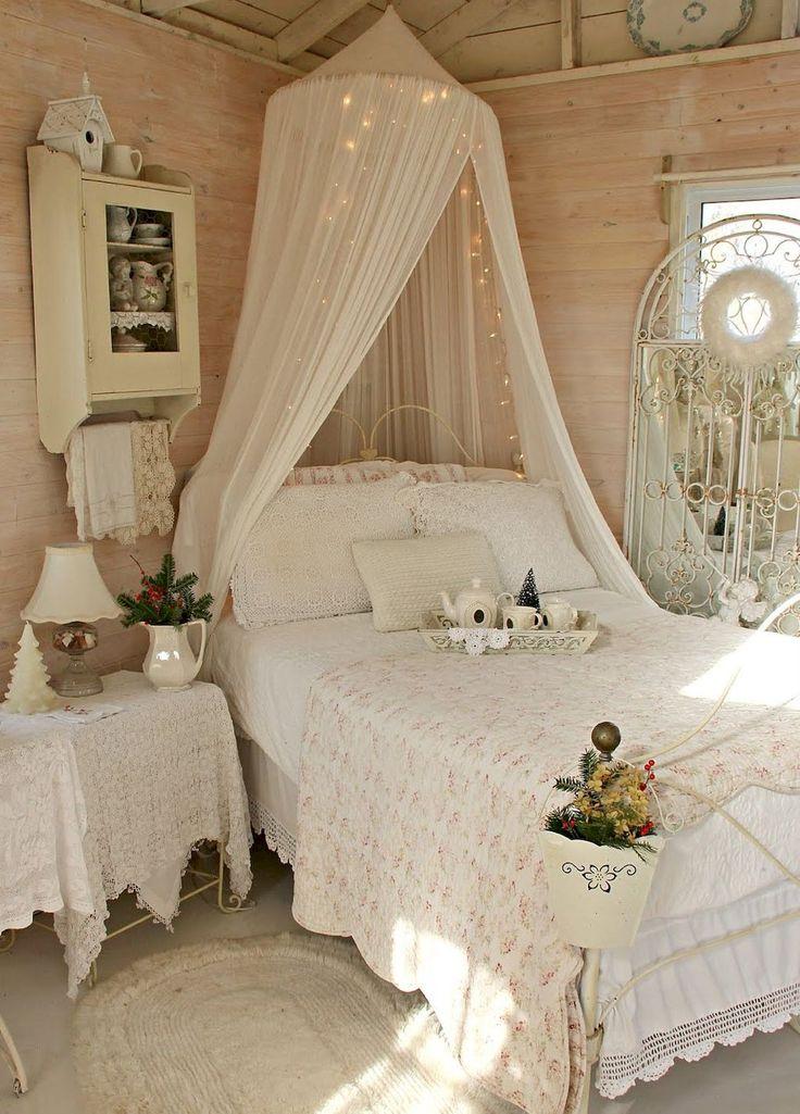 Nice 55 Stunning Shabby Chic Bedroom Decorating Ideas https://homeastern.com/2017/06/21/55-stunning-shabby-chic-bedroom-decorating-ideas/