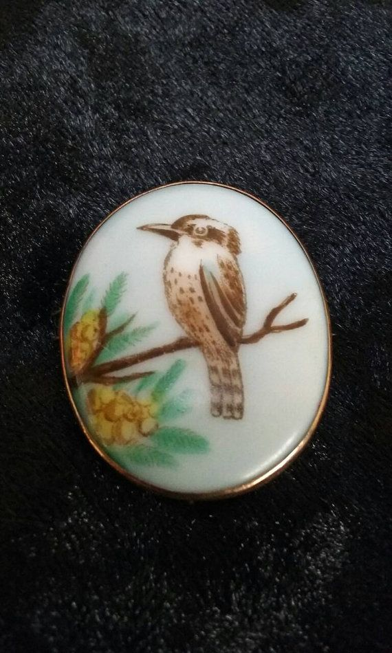 Check out this item in my Etsy shop https://www.etsy.com/au/listing/461663848/antique-australian-hand-painted-gold