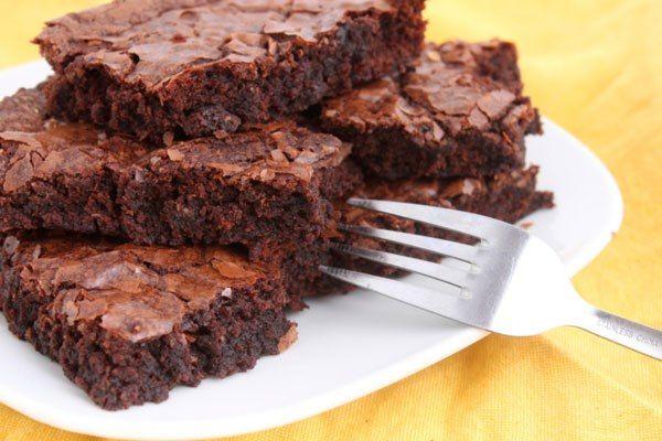 Este foi outro bolo feito pelo Artur Bonnet para o Veganique: E que por sinal ficou muito bom, estava difícil escolher qual deles comer,…