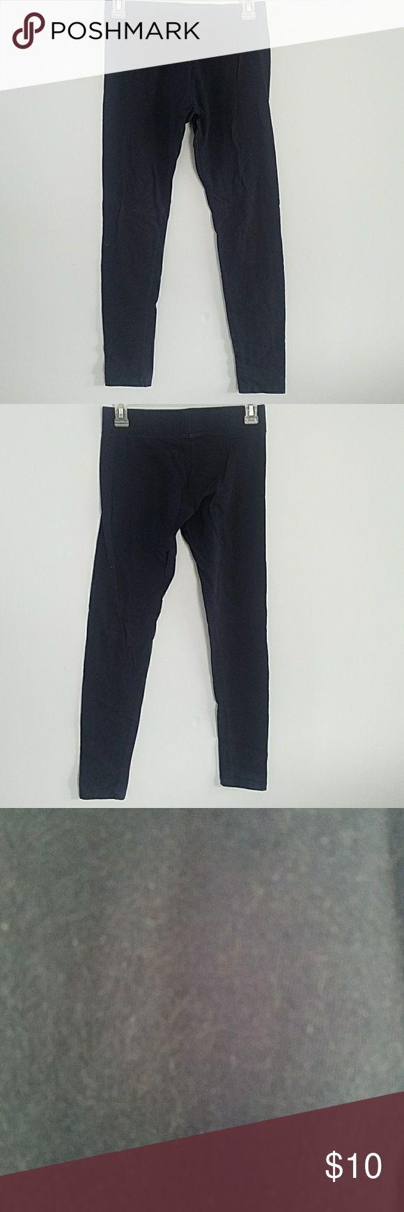 Navy Blue Leggings A bit see through. Should be worn under dresses, skirts, long cardigans, and long shirts. Vanity Pants Leggings