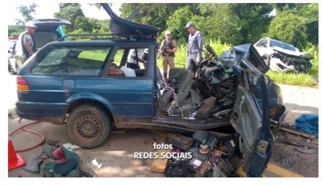 Acidente com dois veículos deixa homem morto e um ferido na BR-265