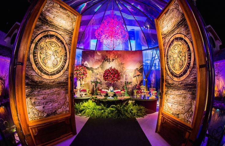Festa tema Tomorrowland Larissa: mesa de doces - Fotos: Vips Fotos / João Henrique e Paula Nunes