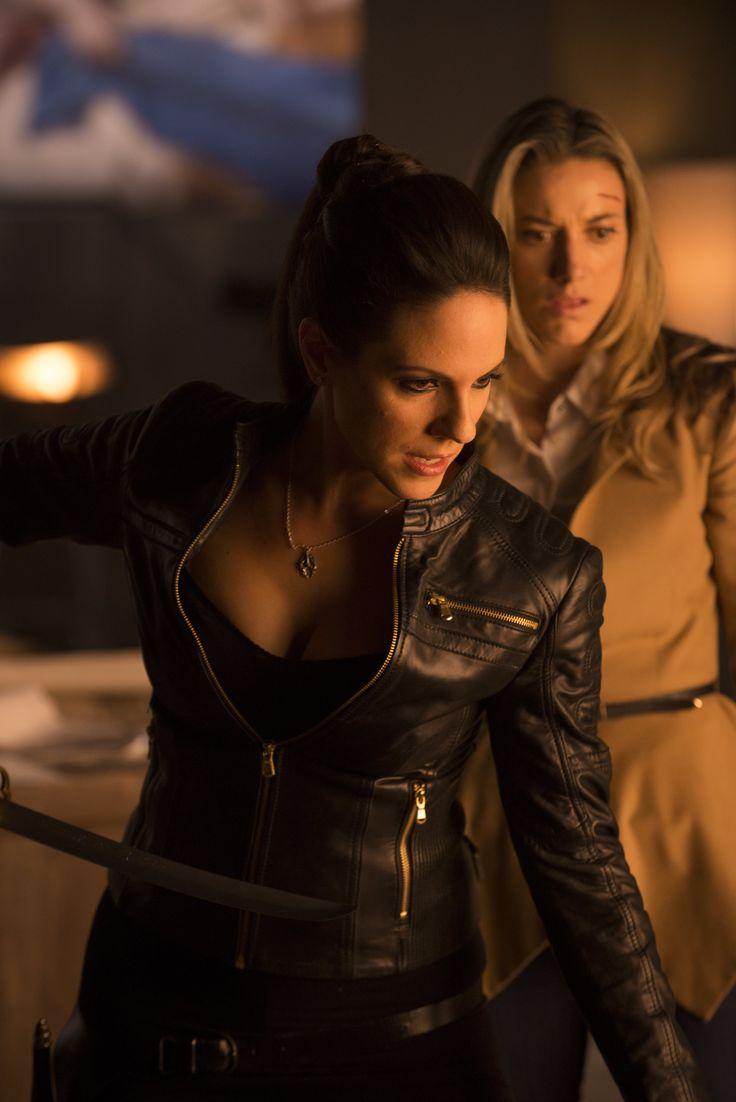 Lost Girl - Anna Silk as Bo and Zoie Palmer as Lauren