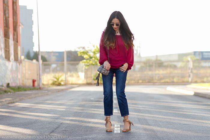 Blusa con los hombros al aire, Off the Shoulder, y Sandalias con flecos | With Or Without Shoes - Blog Moda Valencia España