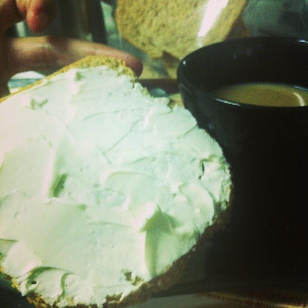 Jantar: 2 torradas integrais/ queijo Danúbio 0% e 2 fatias de peito de Peru ! Simbora treinar! #proteína #projetomimis #projetobefabulous #projetodanipaixao #projetolalanoleto #projetomagraefeliz #regime #emagrecer #eatclean #rumoaos53 #foco #foconadieta #rumoaos53 #reeducaçaoalimentar #vidasaudavel #veraooanotodo #nutri #nutrição - @danipaixao1- #webstagram