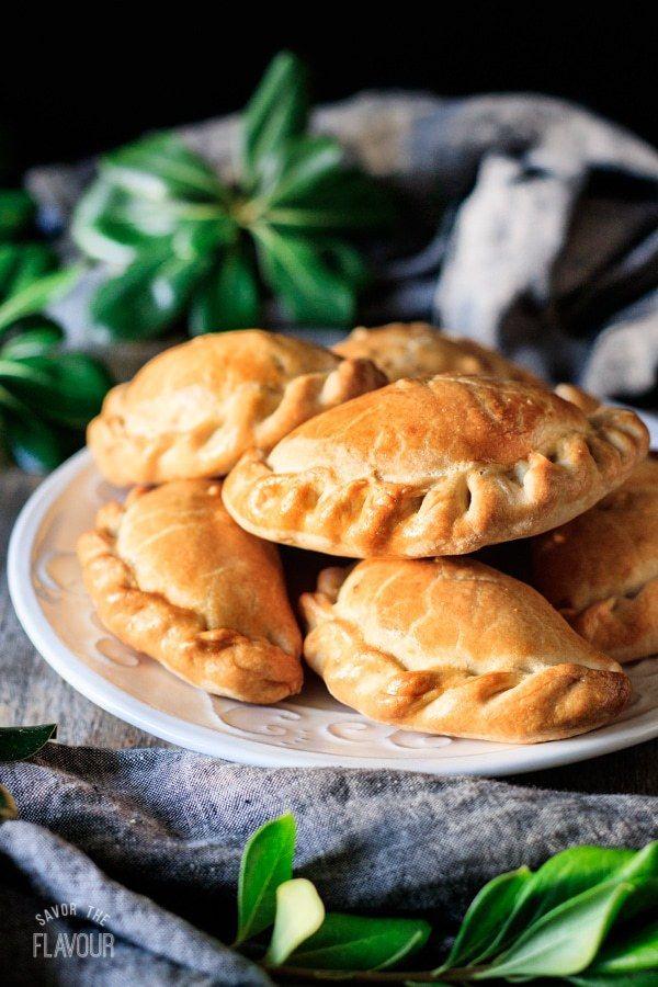 Argentinian Style Chicken Empanadas Recipe Eat Pinterest