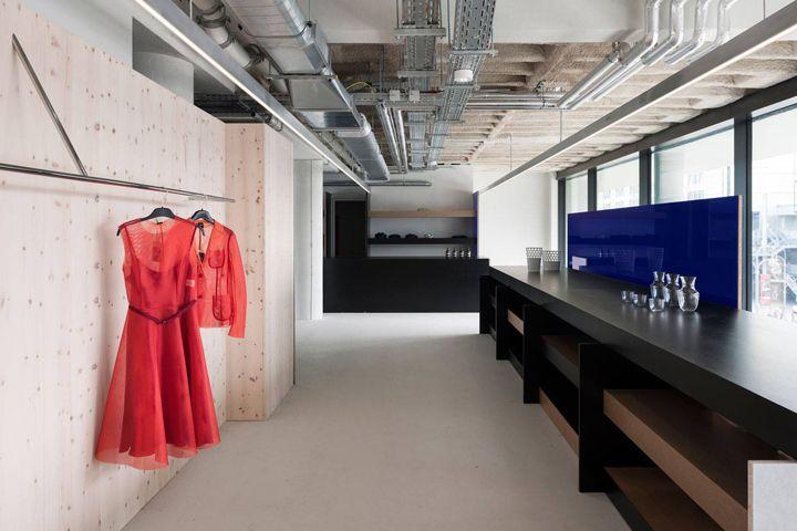 AM plus store by Gonzalez Haase, Berlin – Germany