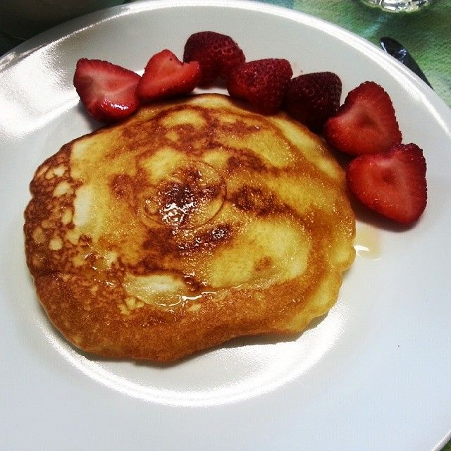 Pancake heart strawberry