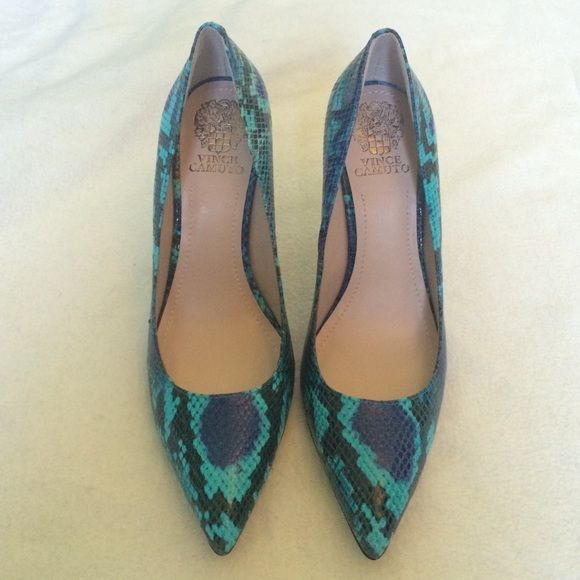 Vince Camuto Blue Python Print Heel Leather python print heel in bright, bold shades of blue. Approximate 4 inch heel. Women's size 9.5. Never worn. Vince Camuto Shoes
