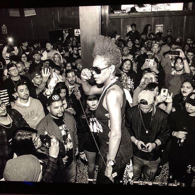 WHAT A WONDERFUL WAY TO START THE NEW YEAR!  LOVE LIGHT PEACE & BLESSINGS TO GANJAH K ! #projectblowed #thegoodlife #gangstagoddess #medusa #underground #hiphop #losangeles #native #underground #sin #felinescience  #repost @legendmedusa-ig