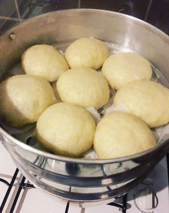 Broodje Bapao met gehakt en spekjes