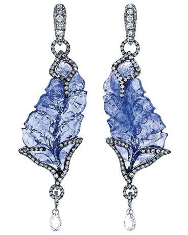 Samira for Pink Diamond earrings