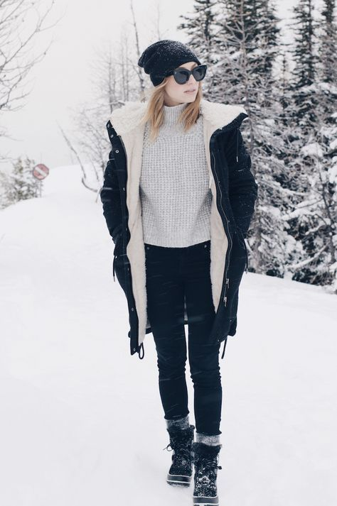 4 Ways To Stay Warm And Stylish In The Snow