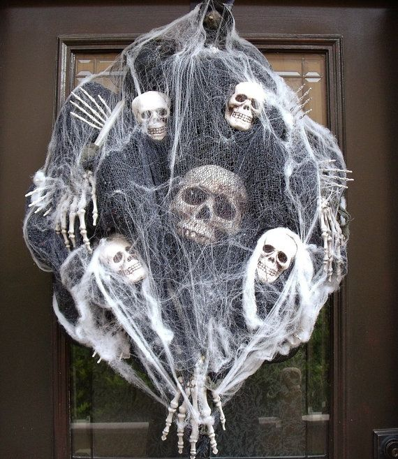 Sinister Halloween Wreath Skull Wreath Skull and by LuxeWreaths, $169.00