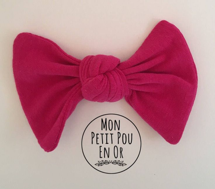 Barrette à noeud carré fait sur commande/ Custom Made Hair Clip with Square Bow by MonPetitPouEnOr on Etsy https://www.etsy.com/ca/listing/551902766/barrette-a-noeud-carre-fait-sur-commande