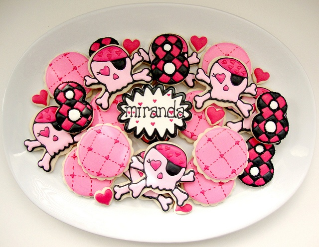 Girly Skull Cookies