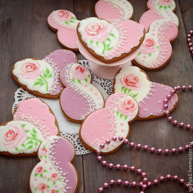 """Купить """"Фарфоровый праздник"""" пряники козули - бледно-розовый, Праздник, печенье, пряники, козуля"""