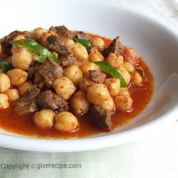 Chickpeas stew with beef | giverecipe.com | #chickpeas