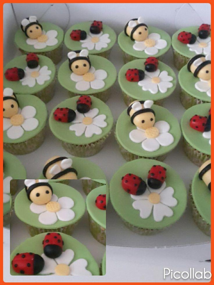 Cupcakes bijen en lieve heersbeestje (bijpassend bij de bijen korf taart)