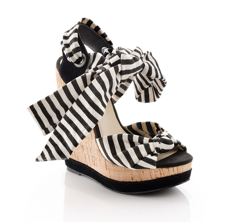 Cute black and white wedge for summer. I love stripes. They are
