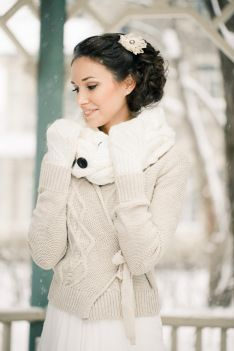 Winter bride - just in case it's crazy cold...add a sweater and gloves and love the choice to warm her neck!